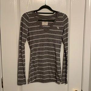 Lady's L/S V-neck Striped T-shirt A&F size XS